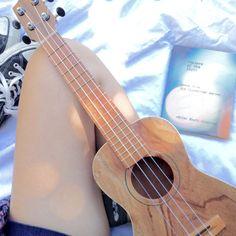 This ukulele is so beautiful Omfg