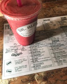 Amsterdam is probably one of the best vegan-friendly cities in Europe. Being vegan in Amsterdam is easy with the wealth of juice bars, sandwich and salad Juice Smoothie, Smoothies, Vegan Treats, Vegan Food, Amsterdam Travel, Food Allergies, Vegan Friendly, Yummy Drinks, How To Stay Healthy