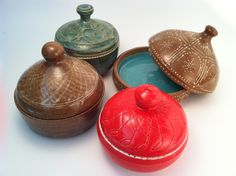 Prayer Pots -  Write a prayer on a slip of paper, and put it into the pot to help your focus. These make a nice gift for a friend.    (KiteStar Studio - Carolyn Coffey Wallace)