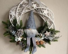 door-wreath-wichtel-mit-filzmutze-christmas-wreath-from-kranzundco-on-dawanda-c-d/ - The world's most private search engine Diy Christmas Gifts, Rustic Christmas, Winter Christmas, Holiday Crafts, Christmas Ornaments, Xmas Wreaths, Scandinavian Christmas, Diy Wreath, Xmas Decorations