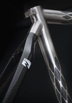 This looks like it is a shot of a Holland ExoGrid® Bicycle. The frame is made of titanium and carbon fiber--just beautiful! Paint Bike, Bicycle Painting, Bicycle Art, Velo Design, Bicycle Design, Moto Scrambler, Bike Details, Fixed Gear Bike, Cool Bicycles