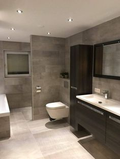 Incredible Small Bathroom Style That Will Rock Your Home - - Badezimmer - Bathroom Decor Small Bathroom Plans, Large Bathrooms, Amazing Bathrooms, Master Bathrooms, Dream Bathrooms, Luxury Bathrooms, Modern Bathrooms, Bathroom Layout, Modern Bathroom Design