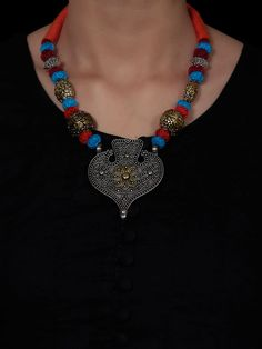 Brass Necklace, Beaded Necklace, Shops, Necklace Online, Crochet Necklace, Coral, Loom, Earrings, Cotton