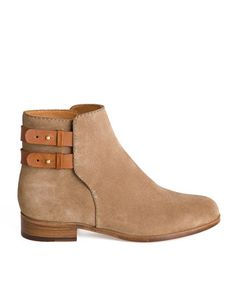 uterque flat ankle boots