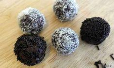 Συνταγή για τα πιο νόστιμα σοκολατένια χριστουγεννιάτικα τρουφάκια με 4 υλικά!
