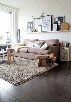 ⇢  KEEP CALM. It's AUTUMN Complementa tu #otoño con #alfombras y #cojines  #decoración #tendencias #interiorismo