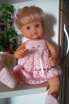 vestido muñeca nenuco