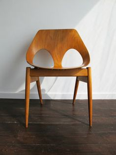 A 1950s Jason chairs designed by Carl Jacobs & Frank Guille for Kandya.