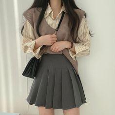 Korean Girl Fashion, Ulzzang Fashion, Kpop Fashion Outfits, Korean Outfits, Mode Outfits, Asian Fashion, Girl Outfits, Korean Fashion School, Korean Fashion Summer