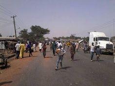 Ekpo Esito Blog: BREAKING: Soldiers shoot truck driver, motorists b...