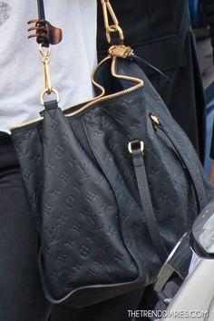 Make Life Easier: Shoulder Bags