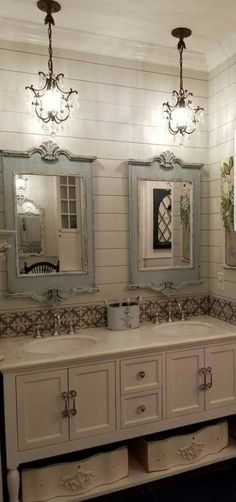 The Do This, Get That Guide On Farmhouse Master Bathroom Ideas French Country 43 - apikho. - The Do This, Get That Guide On Farmhouse Master Bathroom Ideas French Country 43 – apikhome. Lavabo Shabby Chic, Baños Shabby Chic, Shabby Chic Lighting, Shabby Chic Chandelier, Chabby Chic, Farmhouse Chandelier, Farmhouse Lighting, Chic Bathrooms, Dream Bathrooms
