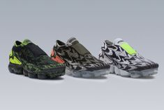 Nike officially unveils the ACRONYM x Nike Air VaporMax Moc 2 Collection that will begin releasing on Air Max Day, March Nike Models, Nike Flyknit, Dress With Sneakers, Nike Air Vapormax, Running Shoes For Men, Mens Running, Designer Shoes, Nike Shoes, Sneakers Nike