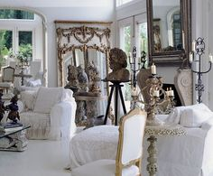 Dona Karan's home. LOVE this room!