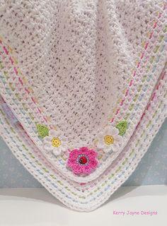 BABY CROCHET BLANKET Pattern Little Ladybird di KerryJayneDesigns
