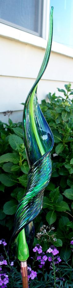 Hand Blown Glass Art Garden Leaf  Garden Art by oneilsarts on Etsy, $75.00 Solar Garden Stakes, Secret Garden Parties, Blown Glass Art, Tree Roots, Wood Tree, Teal, Blue, Garden Art, Vases