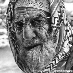 I just can't believe this is a pencil drawing and not a photograph. I would have to inspect this in person.  -m  :: pencil sketches by Russian artist Olga Melamory Larionova