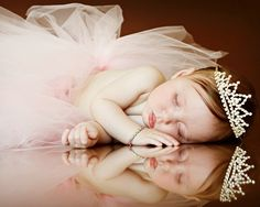 sleeping beauty- I'm not usually a fan of the whole little girl princess, tutus and tiaras thing, but this photo is sweet.