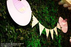 Bandeirola com pombinhos