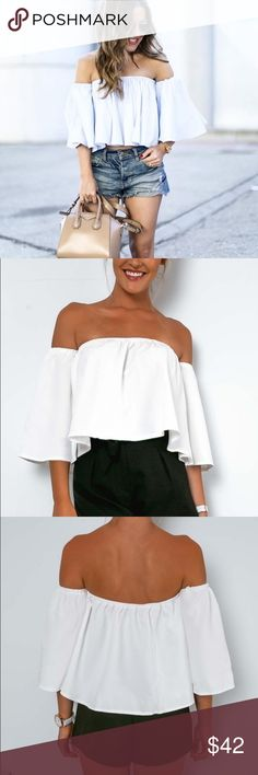 Off the Shoulder Crop Top - Zara Style PRICE FIRMClassy and Chick. Can be paired with a high-waisted skirt or your favorite denim cut-offs ✨OTHER SIZES ON THE WAY✨ Boutique Tops Crop Tops