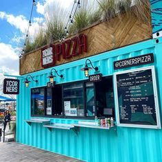 25 essential pizza restaurants in Tampa Bay you should've tried by now Container Coffee Shop, Container Shop, Container Design, Outdoor Restaurant Patio, Pizza Restaurant, Restaurant Design, Shipping Container Restaurant, Shipping Container House Plans, Cafe Shop Design