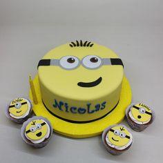 Minions Cake by Violeta Glace