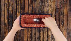 Darált húst tett a sütőformába, majd megkente sajtkrémmel, hihetetlen milyen finomság lett belőle! - Bidista.com - A TippLista!