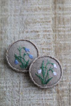 Купить или заказать Брошь 'Подснежники' в интернет-магазине на Ярмарке Мастеров. Маленькая скромная брошка в романтическом стиле покоряет своей простотой и нежностью. Коллекция 'Herbarium'.
