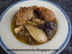 http://conlaneveravacia.blogspot.com.es/2014/01/pollo-de-corral-al-cava-con-peras-y.html