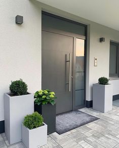 How to upgrade the entrance of your house and increase the attractiveness of the curb The . How to upgrade the entrance of your house and increase the attractiveness of the curb Das ., You are in the right place a Modern Entrance Door, Home Entrance Decor, House Entrance, Entrance Doors, Garage Doors, Front Doors, Home Decor, Home Interior Design, Exterior Design