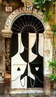 Porta...#peloMundoafora ☆ #Amém!  * Roma, Itália *