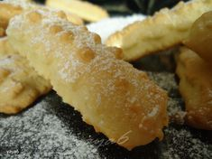 Sweets Recipes, Cooking Recipes, Romanian Food, Cornbread, Pastries, Deserts, Favorite Recipes, Cookies, Ethnic Recipes