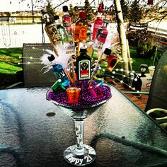 Birthday Shot sooo doing this for Carly's Homemade Gift Baskets, Wine Gift Baskets, Homemade Gifts, Diy Gifts, Birthday Shots, Adult Birthday Party, 21st Birthday Gifts, Liquor Bouquet, Alcohol Bouquet