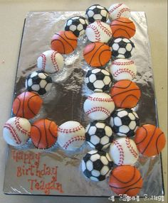 sports cupcakes   Sports Ball Cupcakes   Welcome to the Creative Collage - Come In and ...