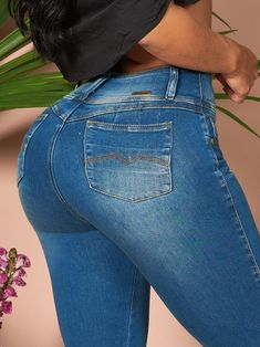 'Kelly' Butt Lift Levanta Cola Jeans 12904 – Colombiana Boutique Brazilian Pants, Underwear, Fade Styles, Blue Boots, Best Jeans, Girls Jeans, Color Azul, Stretchy Material, Body