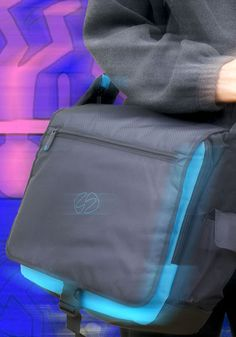 For everyone looking for a smart way to transport your new 2020 iPad Pro and your personal items. Current Generation, Best Ipad, Keyboard Cover, Best Bags, New Bag, Apple Products, Going To The Gym, Ipad Pro, Travel Bag