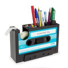 Need this for my desk. Cool stationary holder.