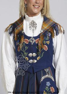 Nordlandsbunad til dame - BunadRosen AS Norway, Celebrations, Hearts, Costumes, Nature, Jewelry, Tops, Women, Fashion