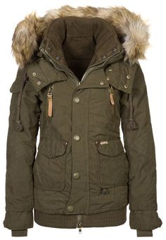 ** MARGRET - Winter jacket - oliv
