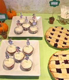 A Peter Rabbit Birthday Party. Recipes for Garden Cupcakes, Benjamin Bunny Carrot Cupcakes, Flopsy Bunnies' Blackberry Lemonade, and fresh veggies.