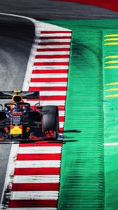 Never will understand curbs in they seem to always be ignored Red Bull F1, Red Bull Racing, F1 Racing, Formula 1 Autos, Formula 1 Car Racing, Sports Wallpapers, Car Wallpapers, Ferrari F1, Lamborghini