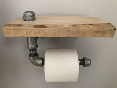 Smart DIY Rustic Toilet Paper Holder To Amazing Bathroom Decor 38 Bath Shelf, Bathroom Shelves, Small Bathroom, Rustic Toilet Paper Holders, Shelves Above Toilet, Rustic Toilets, New Toilet, Toilet Wall, Bath Decor
