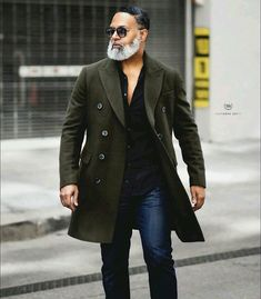 mens_fashion - gents with a fall outfit idea with a olive overcoat black button up shirt dark wash denim sunglasses fallfashion falloutfits menswear menstyle mensapparel overcoat businesscasual dapper businesscasual mensfashion ruggedmensfashion Black Button Up Shirt, Beard Model, Classy Casual, Well Dressed Men, Gentleman Style, Stylish Men, Casual Outfits, Autumn Fashion, Mens Fashion
