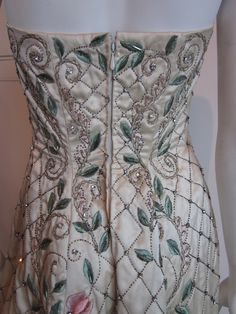 Balmain vintage haute couture from 1950. Fully embroidered with flower floral embroidery and pearl bead. Designed possibly by Pierre Balmain. House of Balmain.