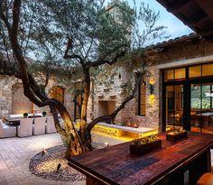 Courtyard homes