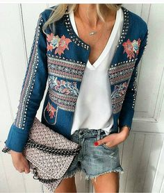 Related posts:Crop top and denim shortsLovely boots, jeans, black blouse and fur vestTraditional outfit for the end of summer Denim Fashion, Boho Fashion, Fashion Outfits, Womens Fashion, Fashion Design, Milan Fashion, Fashion Tag, Leather Fashion, High Fashion