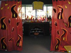 Great Fire of London - burning bakers role play/reading area