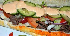 Envie d'un bon sous-marin bien garni style Subway? Cette version y ressemble beaucoup, beaucoup, croyez-moi !  Pour la cuisson de la ... Subway Sauces, Calzone, Stromboli, Tortilla Wraps, Le Diner, Mayonnaise, Sandwiches, Favorite Recipes, Snacks