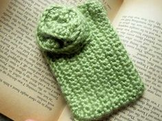 Green Apple ipocket by fiadesigns on Etsy, $9.00