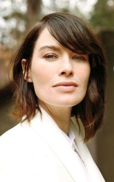 The 30 Hottest Photos Of Lena Headey From 'Game Of Thrones' Lena Headey, Donna Mills, Interesting Faces, Hair Today, Cut And Style, Hottest Photos, Beautiful Actresses, Looking Gorgeous, Hair Inspiration